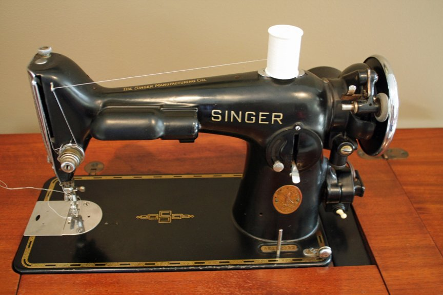 Vintage Singer 201-2 sewing machine that has been restored