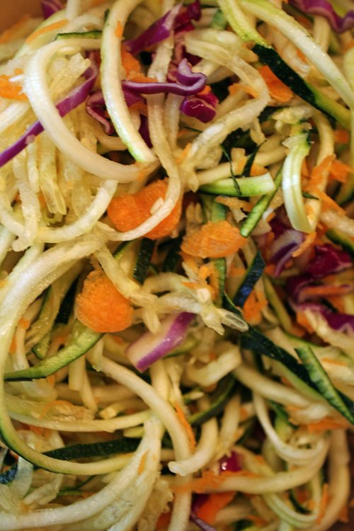 raw vegetables for the zesty zoodles recipe